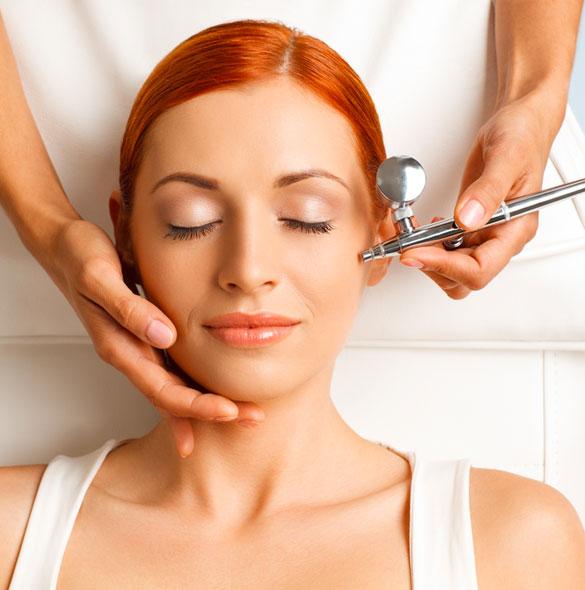 Trattamento di ringiovanimento viso con ossigeno